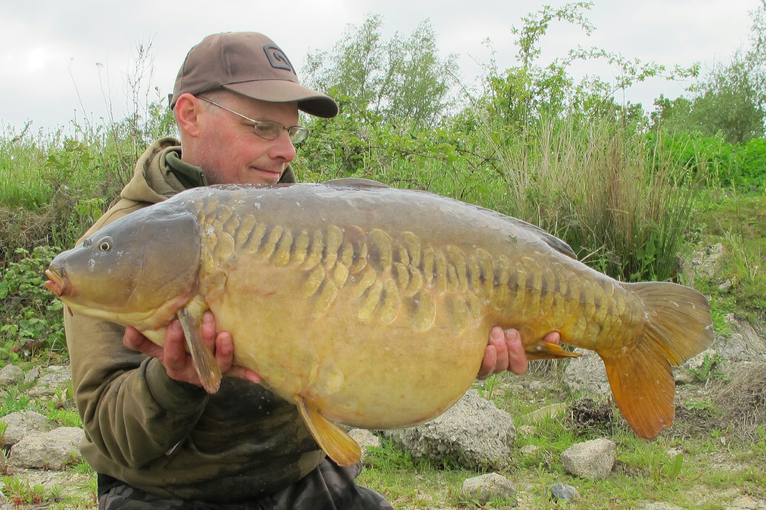 This 35-14 mirror is a rare visitor to the bank.